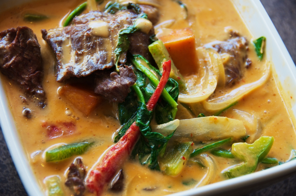red curry beef