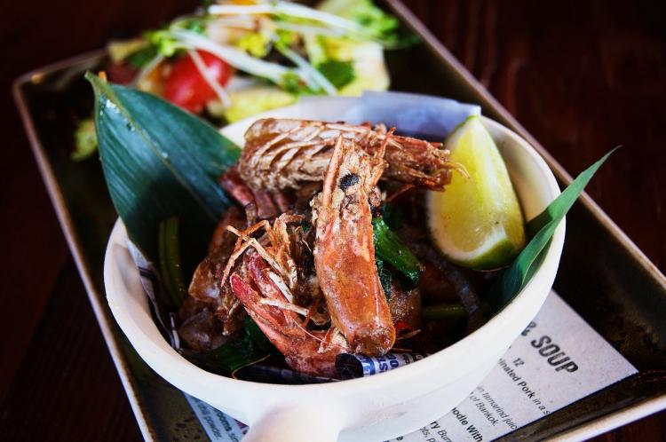 Vietnamese-Style Crispy Prawns