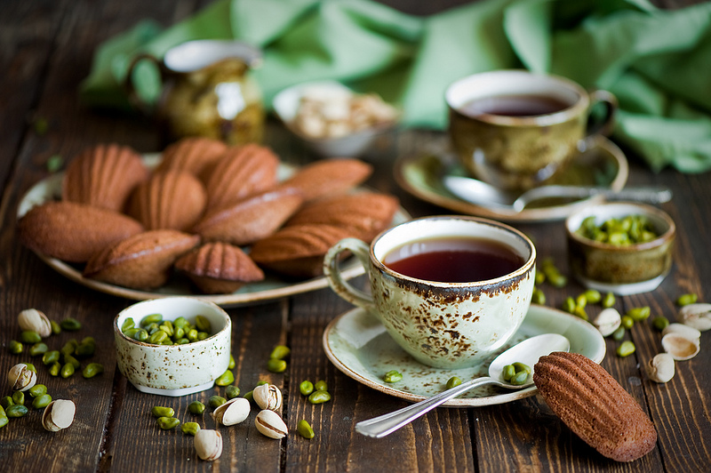 Breakfast with tea and chocolate pistachio madeleines