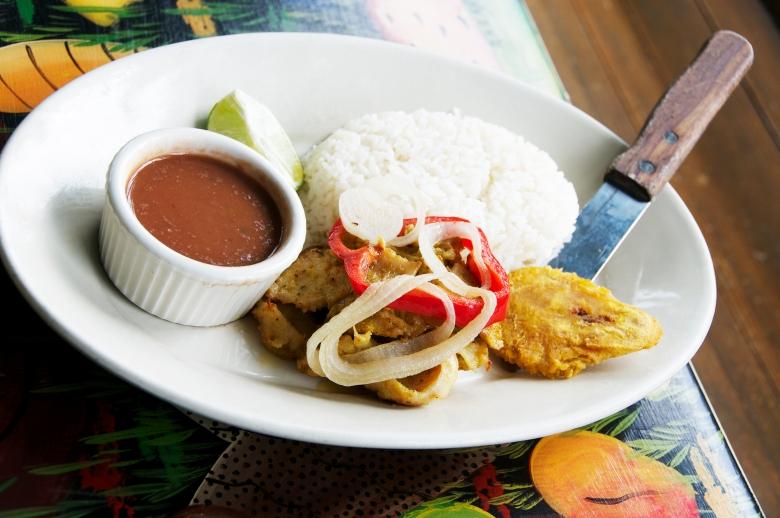 Grilled Conch (Lanbi Boukanen