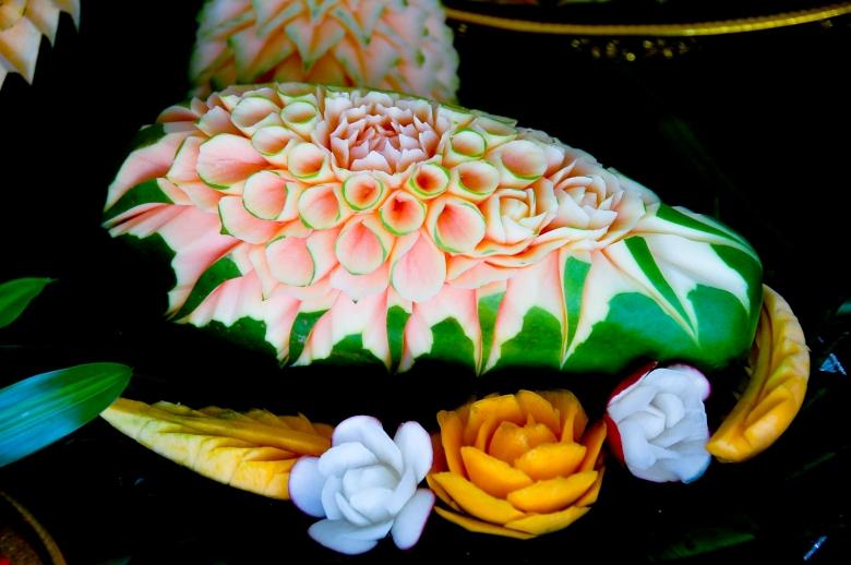 thai fruit carving-2