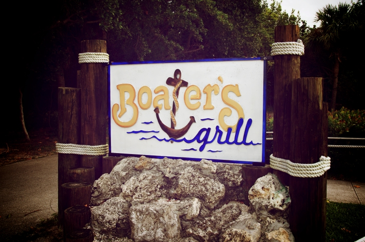 boater's grill sign