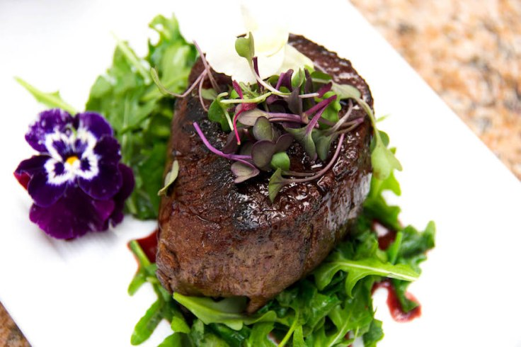 roman crust filet mignon