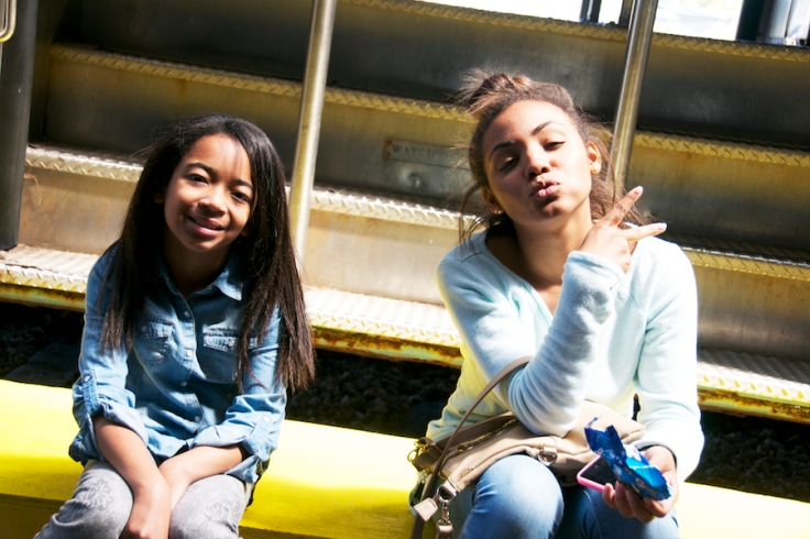 issa & yazzy on the train