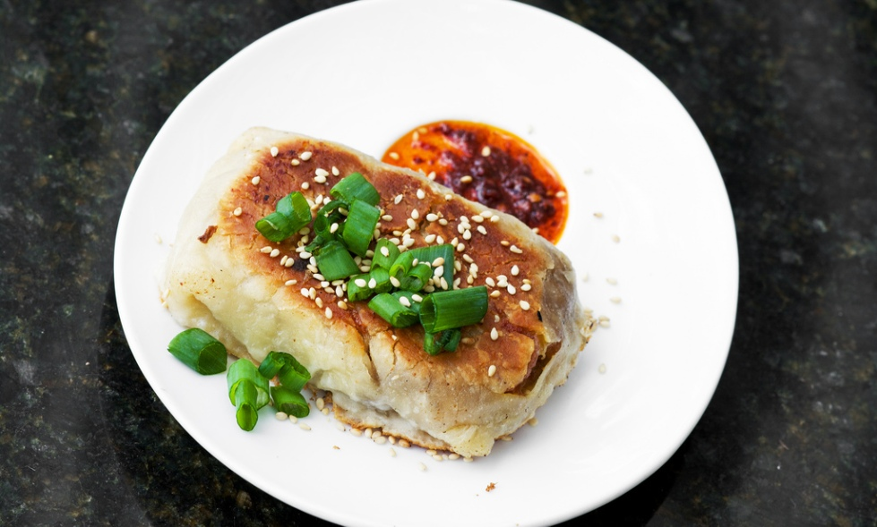 HOT POCKET: bacon, egg & cheese stuffed Chinese laobing flatbread