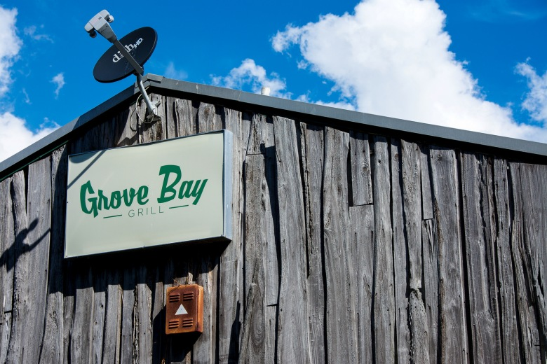 grove-bay-grill-sign