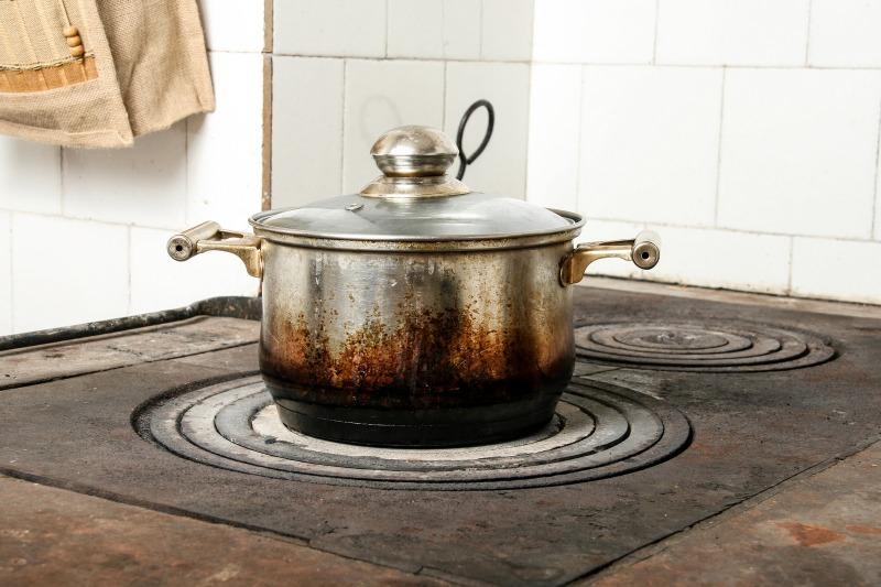 pot-of-turkey-soup